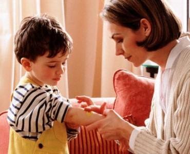 Чем обработать ранку у ребенка