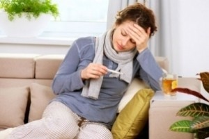 Чем лечить простуду кормящей маме